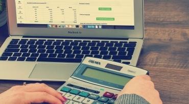 Kredyt przez internet, a kredyt w banku – różnice